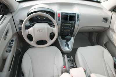 现代轿车cd机接线图28针