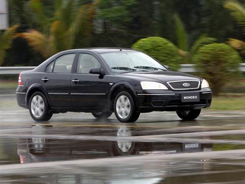 蒙迪欧汽车 迎战帕萨特君威 福特蒙迪欧降3.7万元高清图片