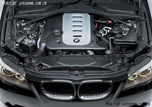奥迪A6L对比宝马5系 丰田皇冠高清图片