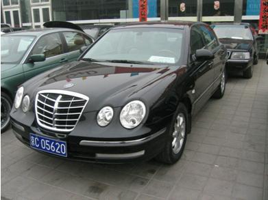欧菲莱斯(opirus)是起亚汽车的顶级车型,定型于2001年5月,集