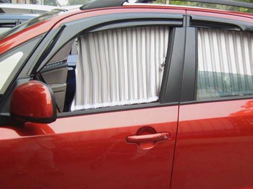 汽车窗帘安装效果图